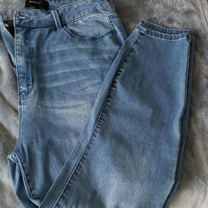 Forever 21 high rise jean